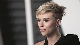 """Promi-News des Tages: Scarlett Johansson nennt Ivanka Trump """"langweiligen Feigling"""""""