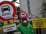 Kanzlerin vor U-Ausschuss: Merkel erfuhr aus Medien von VW-Skandal