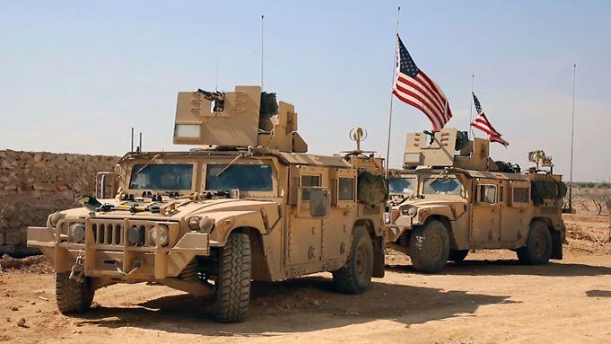 Inzwischen ist die US-Armee mit 1000 Soldaten in Syrien aktiv.