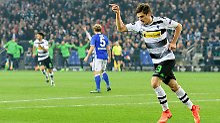 Deutsches Europa-League-Duell: Schalke ist besser, Gladbach jubelt
