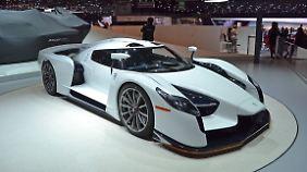 Von der Scuderia Cameron Glickenhaus kommt der SCG003S mit 800 PS und einem Top-Speed von 350 km/h.