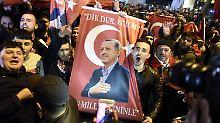 """Türkei kündigt Sanktionen an: Erdogan: Niederlande sind """"verdorben"""""""