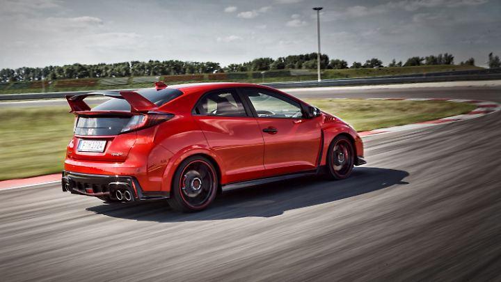 Riesiger Heckspoiler, vierflutige Abgasanlage und 310 PS. Das bietet ein Honda Civic Type-R heute.