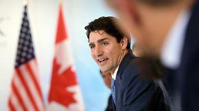 Promi-News des Tages: Trudeau bekam von Schauspieler eins auf die Nase