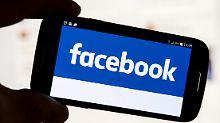 Raus aus der Anonymität: Ralf Jäger trifft auf seine Facebook-Hater