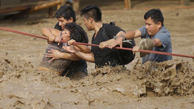 El Niño trifft Peru besonders hart: 72 Menschen sterben durch Erdrutsche und reißende Fluten
