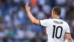 """""""Da muss der Rasen brennen"""": Spaßvogel Lukas Podolski im Porträt"""
