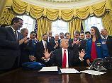 """Kongresspolitiker ist """"besorgt"""": Trump-Team wurde womöglich überwacht"""