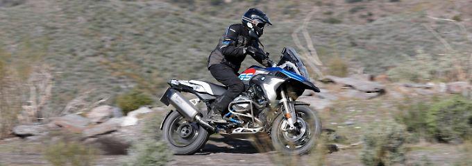 Weniger Komfort und mehr technische Raffinesse, machen die BMW R 1200 GS zu einem echten Rallye-Bike.