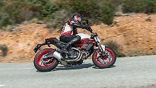 Der Einstieg in die MOnster_Welt von Ducati ist mit 9000 Euro nicht ganz billig.