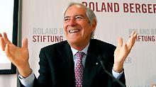 Roland Berger bleibt Spitzenreiter: Das Beratungsunternehmen ist auch 2015 wieder die Nummer 1 der Top-10- Managementberatungen in Deutschland,