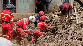 Schlammmassen zerstören Stadt: Kolumbiens Präsident verspricht ein besseres Mocoa