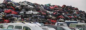 BMW, VW und Daimler im Minus: Anleger werfen Autoaktien aus Depots