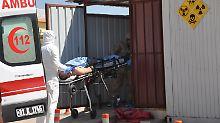 """""""Schmerzen sind unerträglich"""": Überlebender berichtet von Chemieangriff"""