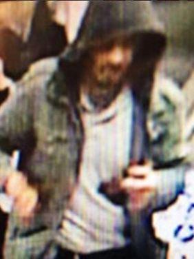 Von der Stockholmer Polizei herausgegebenes Foto des Tatverdächtigen.