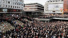Elfjährige unter Anschlagsopfern: Schweden erhebt sich gegen Terror
