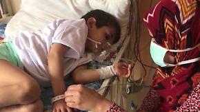 Verzweiflung und Trauer: Giftgasangriff in Syrien hinterlässt unvorstellbares Leid