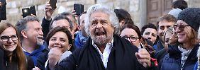 Erst Berlusconi, jetzt Grillo: Was ist los mit den Italienern?