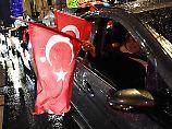 """Zahlen-Check: Wie viele deutsche Türken sagten """"Ja""""?"""