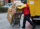 Der Tag: Verband Onlinehandel stellt Lieferung an Tür infrage