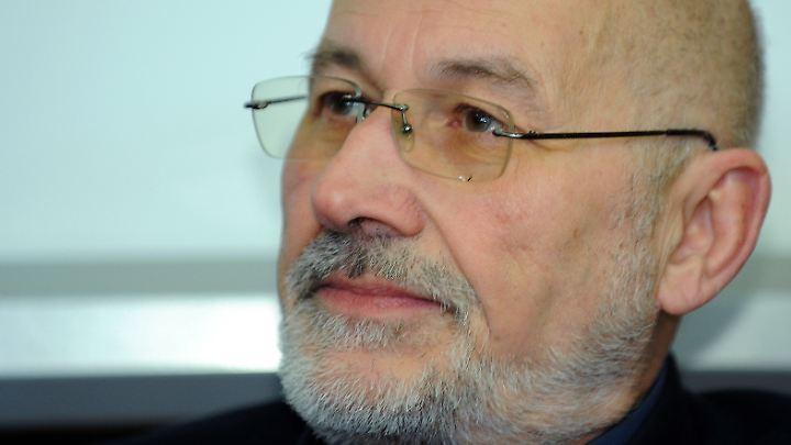 Horst Mahler ist ein verurteilter Volksverhetzer.