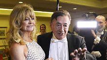 Sie ist schon 50!: Lugner hat wieder eine neue Freundin