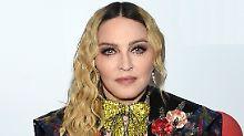 """""""Scharlatane!"""": Madonna tobt"""