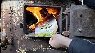 Proteste bei Bayer-Hauptversammlung: Fusionspläne mit Monsanto sorgen für Tumulte