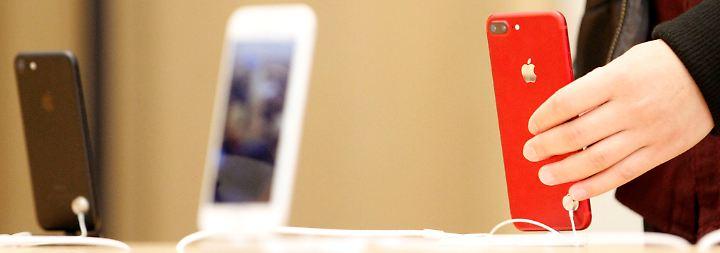Gewinn und Umsatz steigen: Apple sitzt trotz iPhone-Rückgangs auf großem Geldberg