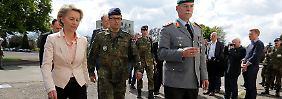 Von der Leyen hat eine Mission: Rechts raus bei der Bundeswehr? Zu selten