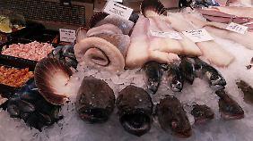 """Markthallenfrische in Malmö. """"Ob Ostern oder Weihnachten"""", sagt Linda, """"wir Schweden essen immer Fisch."""""""