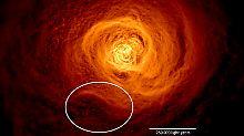 Doppelt so groß wie Milchstraße: Heiße Riesenwelle rollt durch Galaxienhaufen