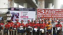 """""""Bring Back Our Girls"""": Boko Haram lässt entführte Mädchen frei"""