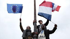 """""""Die Welt ist aufgewacht"""": Frankreich feiert seinen neuen Präsidenten"""