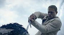"""Königliche Prügelei: """"King Arthur: Legend of the Sword"""""""