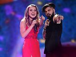 Heiratsantrag und Siegel-Aus: Rumänien jodelt sich ins ESC-Finale