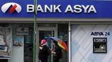 Die Bank Asya gehörte früher zur Gülen-Bewegung und war 2015 unter Zwangsverwaltung gestellt.