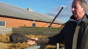 Rolf Axel Nordström erklärt sein Programm für eine nachhaltige Landwirtschaft.