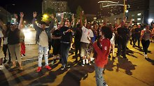 Tödlicher Schuss auf Schwarzen: US-Gericht spricht Polizistin frei