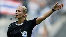 Steinhaus schreibt Geschichte: In der Bundesliga pfeift erstmals eine Frau