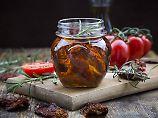 In Öl und mit Schadstoffen: Getrocknete Tomaten? Vorsicht!