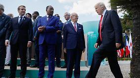 Sechs gegen einen in Taormina: Trump vertagt Flüchtlings- und Klimafrage