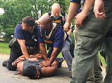 Der mutmaßliche Mörder von acht Menschen sagt, er habe durch eine Polizeikugel sterben wollen.