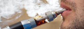 Gefahr für Gesundheit unklar: E-Zigarette bleibt wohl vorerst steuerfrei