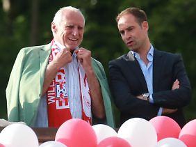 Red-Bull-Chef Dietrich Mateschitz, hier mit RB-Funktionär Oliver Mintzlaff, ist dank seiner Taurinbrause einer der reichsten Männer der Welt.
