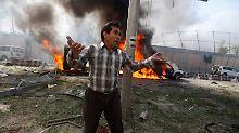 Von Anschlägen und Abschiebungen: Berlin hält Afghanistan für sicher genug