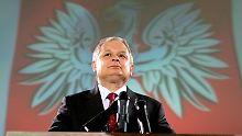 Exhumierung nach Flugzeugabsturz: Fremde Leichenteile in Kaczynskis Sarg