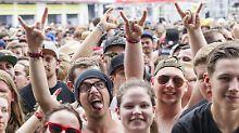 """Rammstein heizen Fans ein: """"Rock am Ring"""" an alter Stätte"""