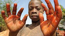 Gefährdung der Menschenrechte: Autohersteller wegen Kinderarbeit in Kritik