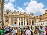 In Rom ist die Anzahl der Touristen besonders hoch.